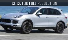 Porsche brought new Cayenne to road tests