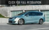 2017 Chrysler Pacifica hybrid #1