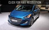 2017 Hyundai Elantra gt #2