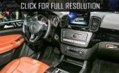 2017 Mercedes Benz Gls550 interior #4