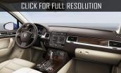 2017 Volkswagen Touareg interior #1